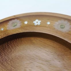 Iroko Bowl with silk flowers 2
