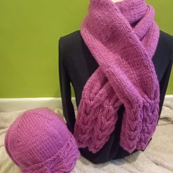 Chunky hand knitted ladies hat & scarf set