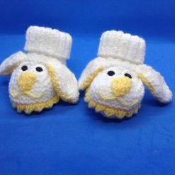 Baby booties newborn white and yellow dogs Acrylic Hand knitted