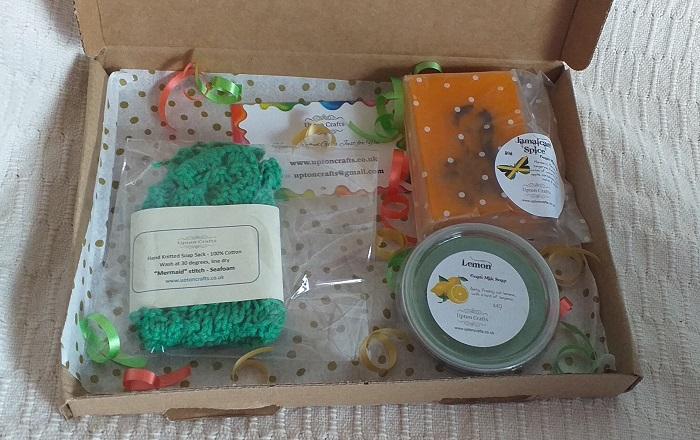Soap + Cotton Wash Bag Gift Box: Jamaican Spice and Lemon hand-poured Goats Milk Soap