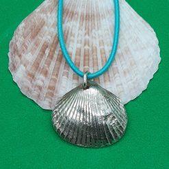 Fine silver shell pendant