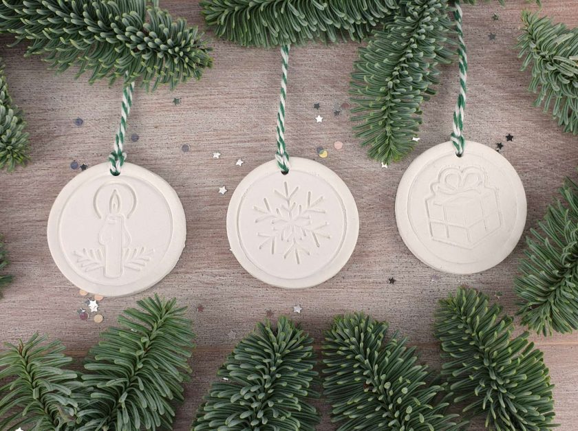 "Handcrafted Ceramic ""Traditional Trio"" Set of 3 Christmas Decorations 1"