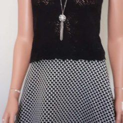 Black & White stretch A-line skirt with lace & sequins, size 10 7