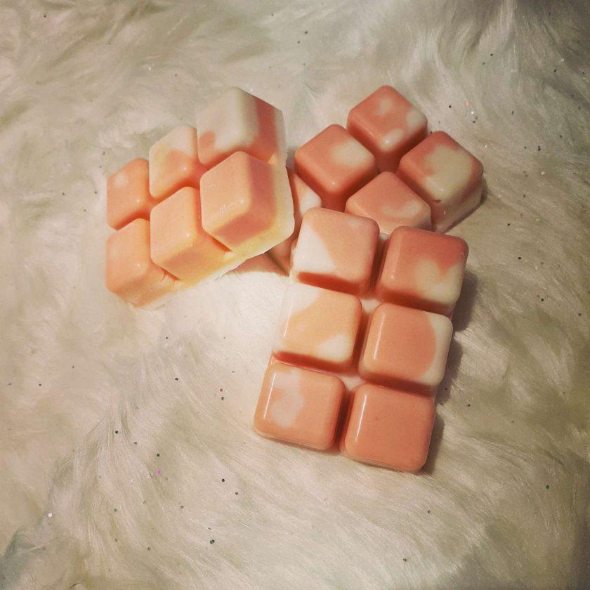Candy cane wax melt 1