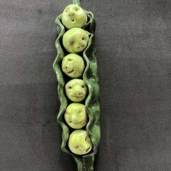 Handmade ceramic '6 Peas in a Pod'